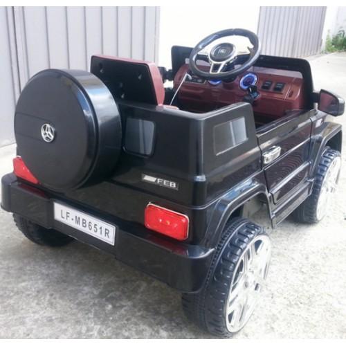Automobil na akumulator Mercedes G80 crni
