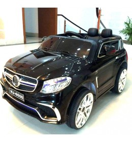 Automobil na akumulator Mercedes AMG crni