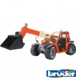 Bruder traktor JLG sa teleskopskom kašikom