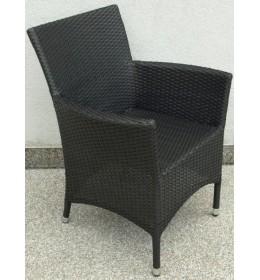 ratan fotelja